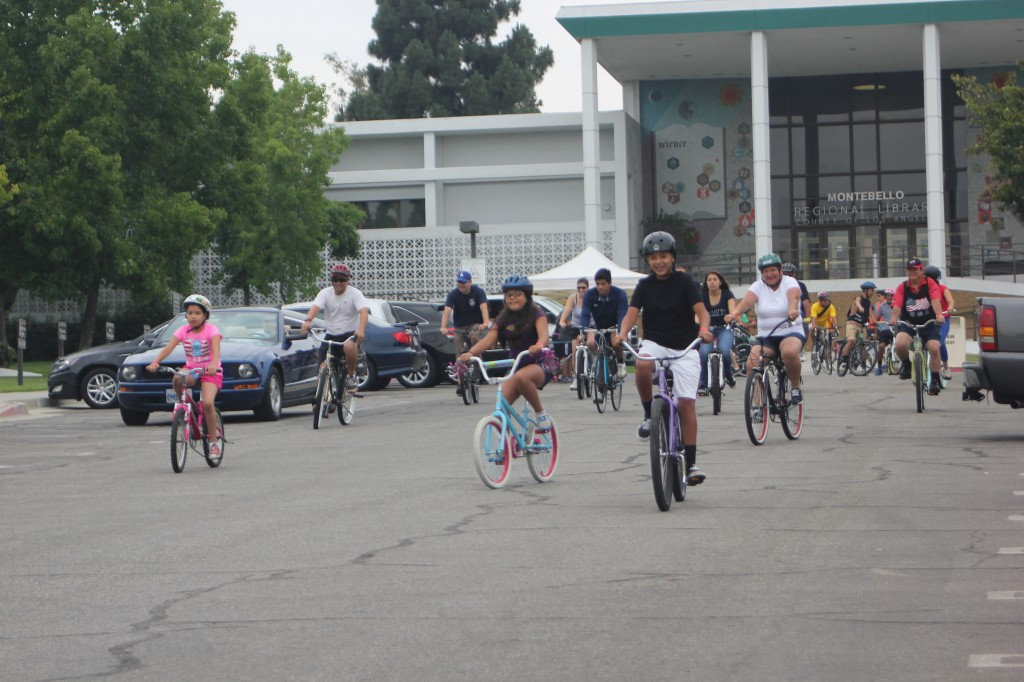 Montebello residents of all ages took a four mile ride around the city last week in hopes of creating awareness for bike lanes. (EGP photo by Nancy Martinez)