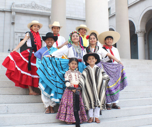 Children perform to promote the 26th annual Guelaguetza festival taking place this weekend. (Organización Regional de Oaxaca)