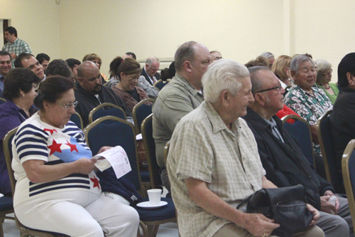 Nearly 100 Montebello residents attended a candidate forum to learn more about city council hopefuls. (EGP photo by Nancy Martinez)