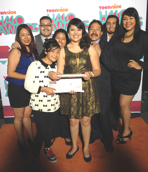 Rocio and her family at the 2013 Teen Nick HALO awards ceremony(Photo courtesy of Rocio Ortega)
