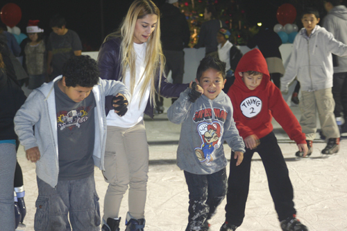 Ice skaters of all ages and skill levels enjoyed the ice-skating rink at East LA Civic Center. (EGP photo by Jacqueline Garcia)