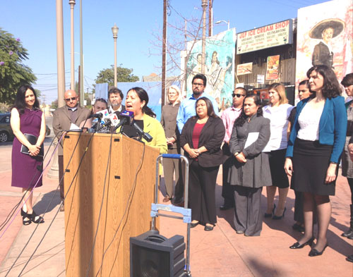Community activists gathered in front of the Mariachi Plaza in Boyle Heights to demand more investment in the eastside.(EGP photo by Jacqueline García)