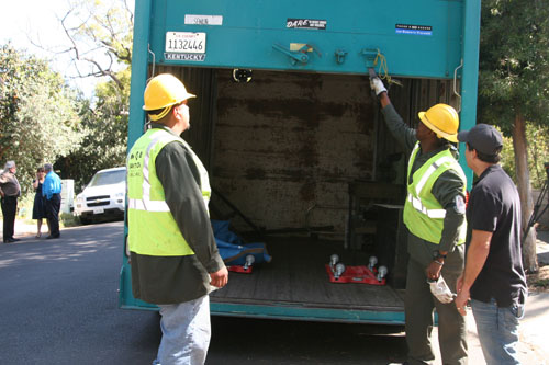 "Bureau of Sanitation workers picks up ""bulky items"" from a resident in Mt. Washington.  (EGP photo by Jacqueline Garcia)"