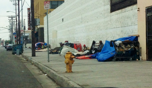 U.S. Veterans are among the homeless living on skid row.  (EGP photo by Jacqueline García)