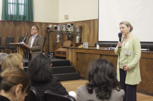 DTSC Director Barbara Lee, pictured right, apologizes to eastside residents at Resurrection Church April 9 (EGP photo by Nancy Martinez)