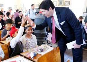 "Just in time for Independence Day, a group of immigrant children took the oath to become the newest U.S. citizens. Senate leader Kevin de León led the swearing-in ceremony last Thursday at the Old Sacramento Schoolhouse Museum. De León, who taught naturalization classes before becoming a legislator, congratulated the 16 children, aged 7 to 17, and their families on their commitment to being part of the fabric of this wonderfully diverse country. ""You are the future of this great state,"" he said. ""You will start the businesses of the future. And you will be the leaders of this great state. I am here to tell you that as the child of immigrants, and as an immigrant yourself, you can do anything you set your minds to do. Your dual language, your dual culture, are blessings. This state is very grateful that you are here and have decided to become citizens of the United States."" The children, accompanied by parents who had been previously naturalized, were born in 8 different countries: India; Iraq; Mexico; the Philippines; Russia; Uzbekistan; Vietnam, and; Yemen. The ceremony was sponsored by the United States Immigration and Citizenship Services. Earlier in the week, the Senate and Assembly both passed resolutions to recognize Immigrant Heritage Month, honoring the millions of immigrants residing in California and the nation and their  ""The immigrant story is the American story and that story is nowhere better told than in California,"" said De León, himself the son of an immigrant. ""As our state is one of great natural beauty and geographical diversity, our people too present a wonderful mosaic of races, cultures, and religious beliefs that have shaped California and made it into the seventh largest economy in the world."" ( Office of Senate Pro Tem Kevin De Leon)"