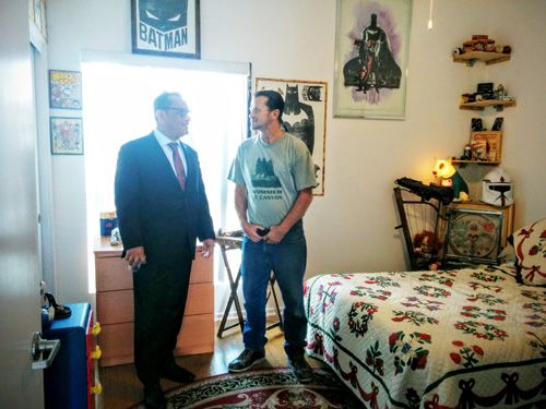 Councilman Cedillo tours the new apartment of Ricky Shapley at Teague Terrace in Glassel Park. (EGP photo by Jacqueline Garcia)