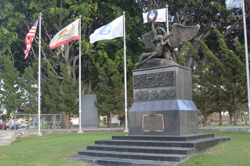 The Hispanic American Veterans Memorial is located at Veterans Park in Bell Gardens. (EGP photo by Nancy Martinez)