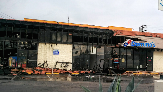 The Laundromat in Boyle Heights was completely destroyed by the fire. (EGP photo by Jacqueline Garcia)