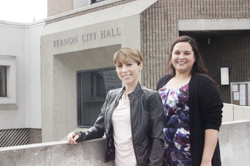 Councilwoman Yvette Woodroof-Perez, left, and Melissa Ybarra, right, represent Vernon's new generation of leaders. (EGP photo by Nancy Martinez)