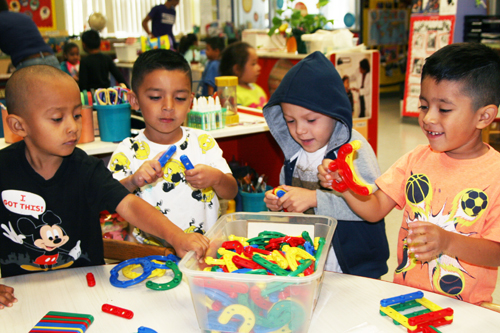 Children from Centro de Alegria in Boyle Heights play while learning about shapes and colors. (EGP photo by Jacqueline Garcia)