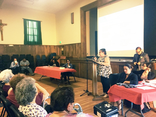 More than a hundred residents, from Boyle Heights to Maywood, attended the Exide EIR scoping meeting at Resurrection Church Monday. (EGP photo by Nancy Martinez)