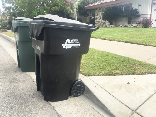 An Athens Trash bin sits outside a Montebello home on collection day Tuesday. (EGP photo by Nancy Martinez)