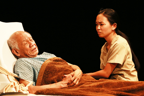 'As Straw Before the Wind' Evokes Discussion for L.A.'s Fil Am Community