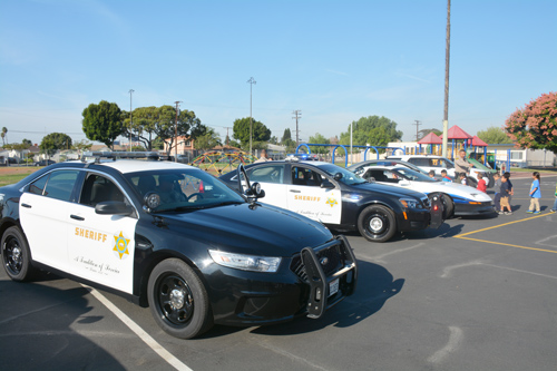 Los Angeles Sheriff's Deputies at a school in Commerce. (City of Commerce)