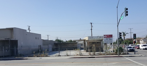 Corner of Whittier Boulevard and South Downey Road in East Los Angeles where one of two affordable housing sites approved by County supervisors will be built. (EGP photo by Carlos Alvarez- July 27, 2017)