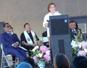Arroyo Vista breast cancer patient Olga Hernandez de Lemus emotionally thanks Councilman Gil Cedillo for his part in her survival during dedication of the Ruby Cedillo Breast Care and Imaging Center Monday in Highland Park. (photo by Steve Weigarten)